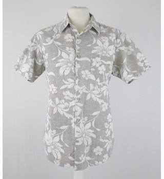 Monsoon Mens Medium Size Calico Brown & Cream Floral Print Short Sleeved Shirt