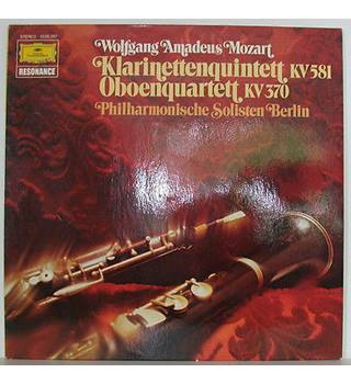 Mozart Clarinet Quintet K.581 and Oboe Quartet K.370.  Berlin Philharmonic Soloists.  Deutsche Grammophon 2535287