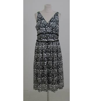 NWOT M&S Collection Size: 16 black & white cut-work dress
