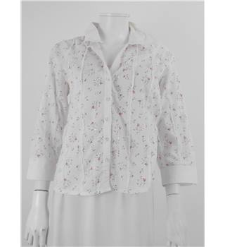 Carla Ferroni Size 12 White With Red Floral Print and Sequin and Ruffle Detail Shirt