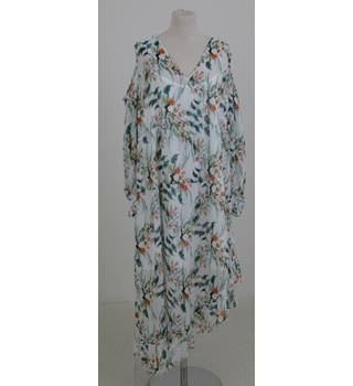 NWOT M&S Collection Size:22 white floral tent-dress
