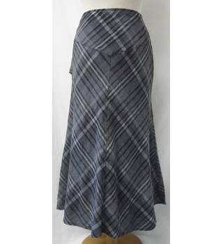 Bon Marche - Size: 12 - Grey Check Long Lined Skirt