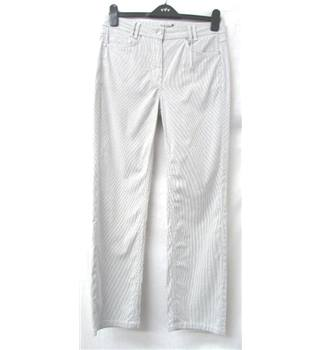 Per Una - Size: 10 - Grey & White Vertical Pinstripes Straight Leg Jeans