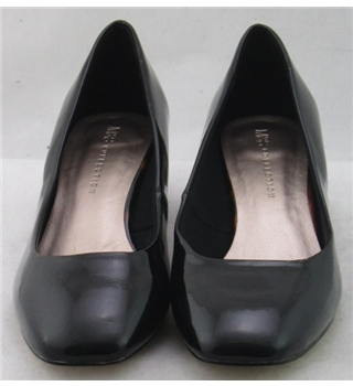 NWOT M&S Collection, size 9 black patent effect pumps with tortoise shell block heel