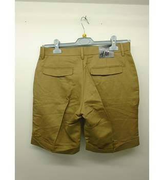 H&M - Size: 32R - Brown - Cargo shorts [L4]