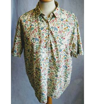 Liberty Tana Lawn floral print short sleeve blouse 14 Liberty - Size: 14 - Multi-coloured - Blouse