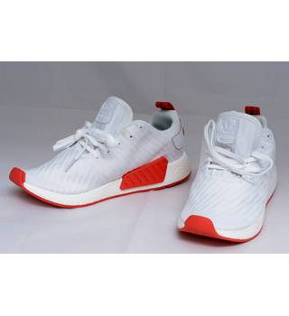 cheaper 03abb 2a7f9 Adidas NMD R2 PK White Core Trainers Size 8.5 | Oxfam GB | Oxfam's Online  Shop