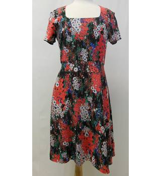 Great Plains black and red floral dress size M Great Plains - Size: M - Multi-coloured