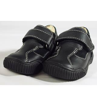 BNWT Vincent 'Melvin' Shoes - Black - Size EU 20 Size: EU 20