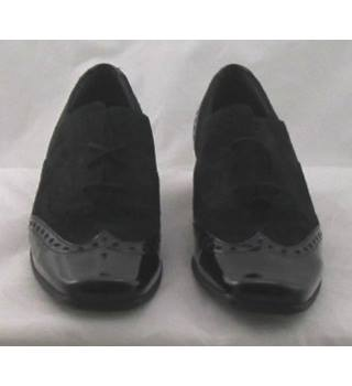 Gabor, size 5.5 black suede & patent leather brogues