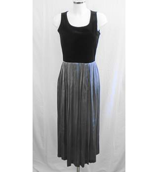 Black and silver long dress Size 8