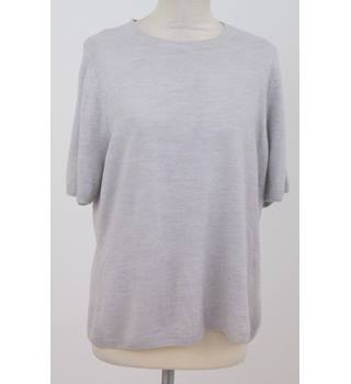NWOT M&S Classic - Size: 18 - Silver grey short-sleeved round neck jumper