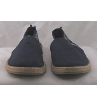 NWOT M&S Collection, size 11 navy espadrilles