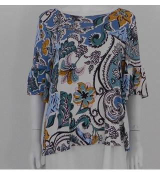 M&S Marks & Spencer Size: 16 Blue Floral Print Jersey T Shirt with Frill Detail Sleeves