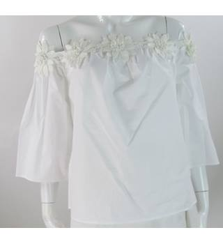 Per Una - Size: 16 - White - Pure Cotton with Floral Trim Off the Shoulder Top