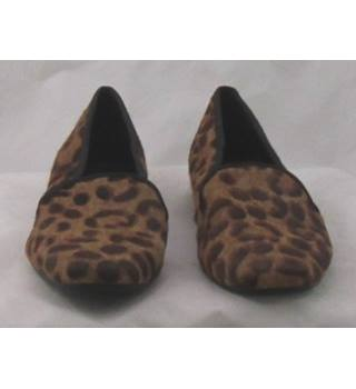 M&S Collection, size 5.5 tan leopard print pony skin effect slip on shoes
