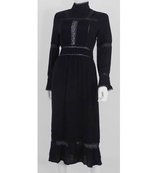See U Soon Size: M Black Cheesecloth Gothic Summer Dress