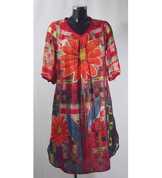Unbranded - Size M - Orange floral/abstract pattern dress