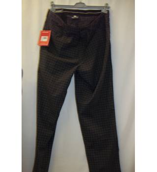 "BNWT Dunlop - Size: 38"" - Grey Golf Checked - Trousers"