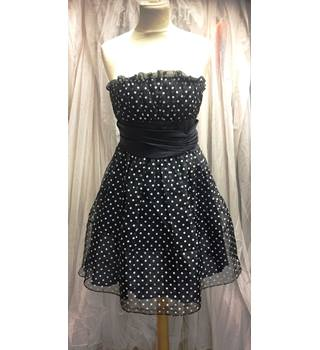 Betsey Johnson Polka dot dress Betsey Johnson - Size: 6 - Black