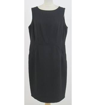 M&S Size: 18 - Black sleeveless shift dress