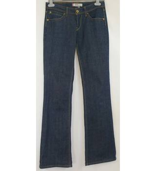 Levi's 572, size 28/34 blue boot cut jeans