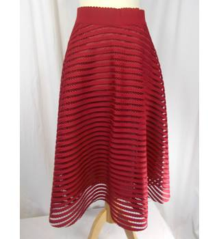 New Look size 16 red patterned skirt