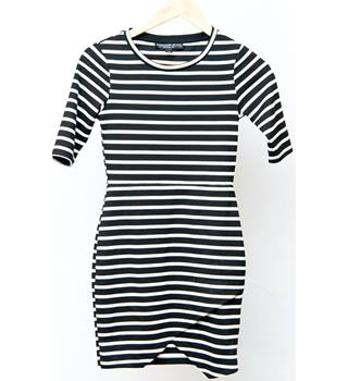 Topshop - Size: 6 - Black and White Stripes - Dress
