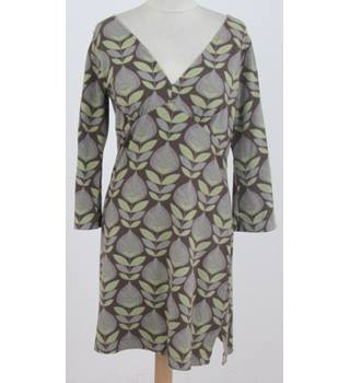 White Stuff - Size: 12 - Brown with green leaf pattern 'v' jersey dress