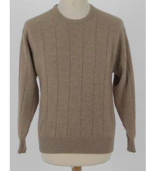 "Whites of Hawick Chest 40"" Fawn Coloured  Soft Pure Cashmere Jumper"