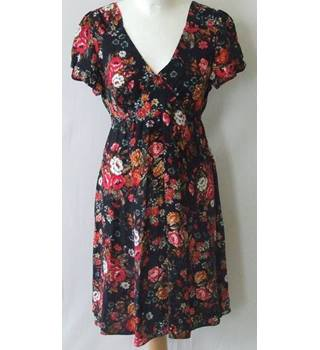 BNWT Dorothy Perkins Size 12 Red, Orange and White Floral Dress