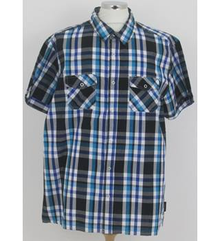 Beverly Hills Polo Club Size: XXL  Blue and Black Check Short Sleeved Shirt