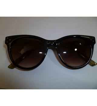 Dark Brown Sunglasses with Flecked Arms