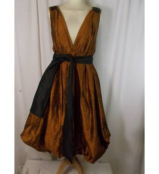 Irina Schrotter size 12 silk dress