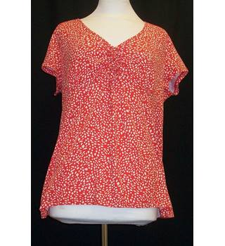Laura Ashley Top Size 20 Laura Ashley - Size: 20 - Red