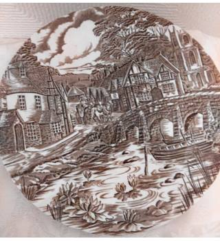 "Alfred Meakin ""The Post House"" Plate"
