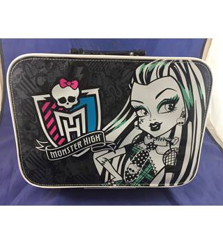 Monster High Carry Case with Handle Unbranded - Black
