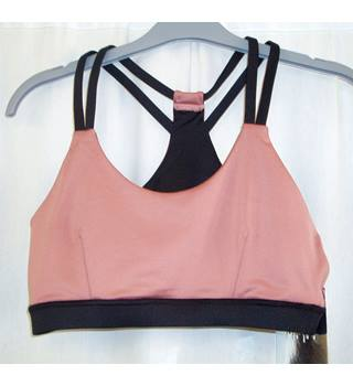 BNWT   MP/M   Size S Black and coral pink Gym leggings and double strap crop top.