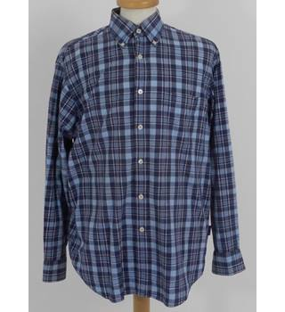 Boden Size: M Blue Check Long Sleeve Shirt