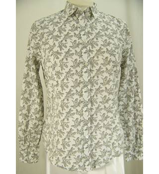 Paul Smith - Size: 10 - Stone print on White - Long sleeved shirt
