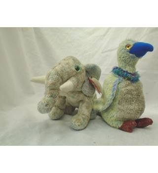 Elephant and Buzzard Beanie Baby Duo