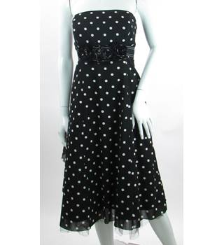 Debut - Size: 14 - Black and White Spotted Pattern Strapless dress