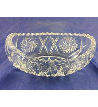 Glass Medium Sized Boat Dish Not specified