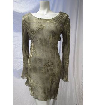 Sand Size S Silk Top Sand - Size: S - Green
