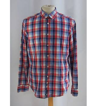 Hugo Boss - Size: L - Blue/red/white check long-sleeved cotton shirt