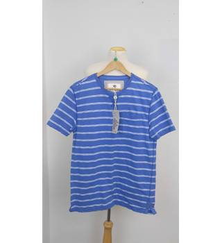 BNWT Water Stripe Pocket T-Shirt Fat Face - Size: M - Blue
