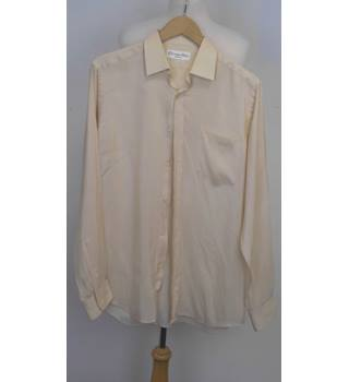 Vintage Dior! Christian Dior Ivory superfine Cotton shirt with a pocket Christian Dior - Size: M - Cream / ivory - Long sleeved