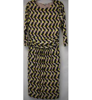Boden geometric pattenred dress - Size 12 R Boden - Size: 12 - Multi-coloured - Knee length dress