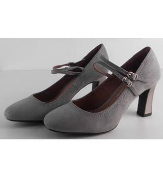 BNWT Next Grey Court shoes with ankle straps Size 4