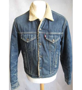 Levis blue denim fleece lined trucker jacket size M Levis - Size: M - Blue - Denim jacket